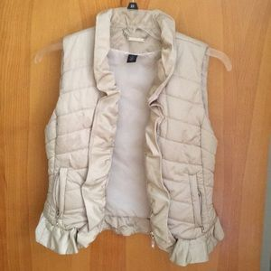 White House Black Market tan vest size small